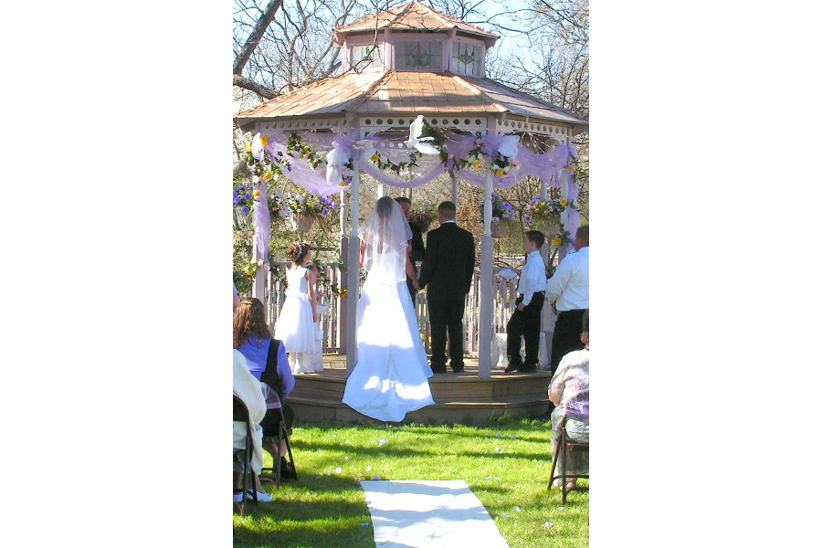 wedding on gazebo
